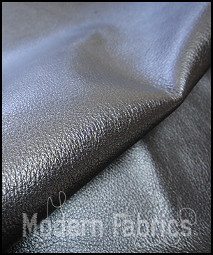 Spinneybeck Leather Alaska 0403 (Pearlized) : Grey